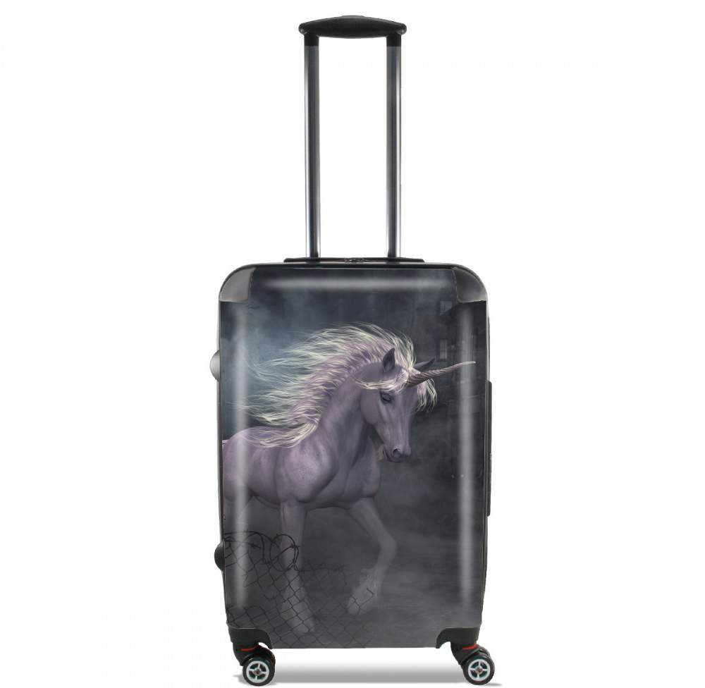 Valise A dreamlike Unicorn walking through a destroyed city